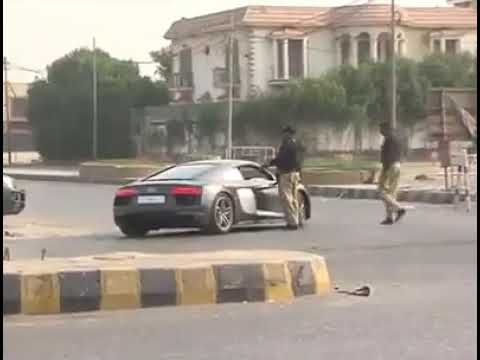 See what happened when AUDI R8 got stopped in Karachi by Police...