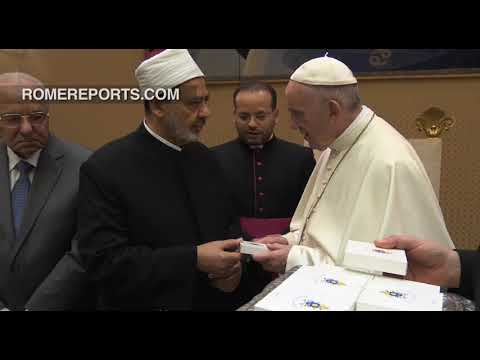 Sunni Islam leader meets with Pope Francis for third time