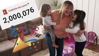 REAÇÃO DA LAURINHA 2 MILHÕES DE INSCRITOS - react laurinha 2 million subscribes CLUBINHO DA LAURA !