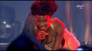 [HD] Noisettes - Children Of The Revolution (Live - New Pop Festival 2009)