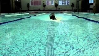 видео Бассейн фитнес-клуба