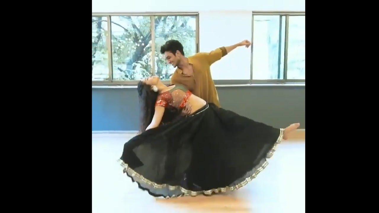 Chogada GARBA DANCE PRACTICE | Loveyatri | Aayush Sharma