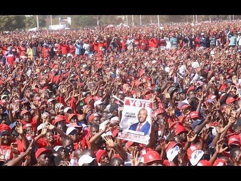 Download Chamisa holds final rally ahead of Zimbabwe elections