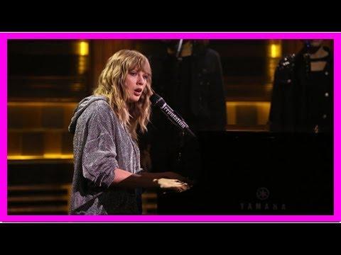 Taylor swift debuts breathtaking...