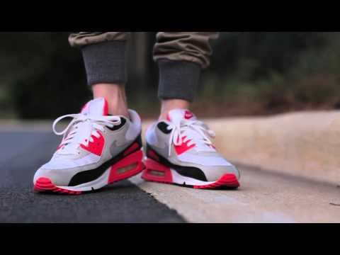 Обзор  Air Max 90 - Infrared от Sneakers Store
