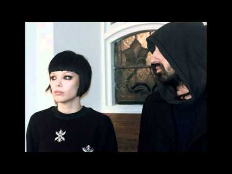 Crystal Castles - Suffocation   HEALTH Remix mp3
