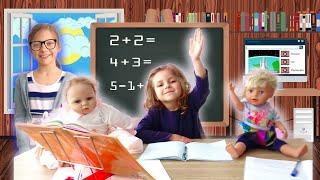 Ева играет в ШКОЛУ с куклами Беби Бон Реборн и Лизой || Back To School ||