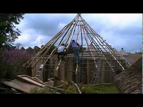 How To Start A Roundhouse Roof Youtube