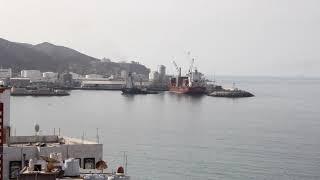 ميناء المكلا- دخول باخرة حاويات