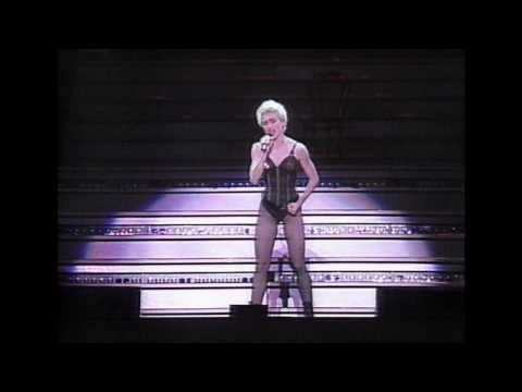 OPEN YOUR HEART-MADONNA WHO'S THAT GIRL-MITSUBISHI SPECIAL LIVE IN JAPAN