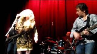 Rivers Invitation - Ana Midon con Miles Away