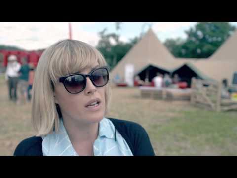 Gwenno Saunders yn trafod cerddoriaeth Cymraeg