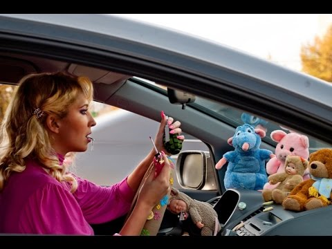 Ютуб Видео - Блондинка за рулем ( Прикол )