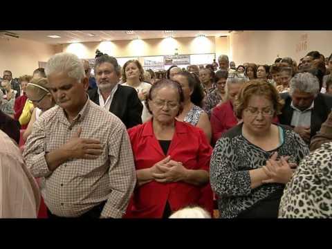 R.R Soares chega a Capital e igreja fica lotada de fiéis