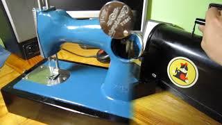 Дитяча швейна машинка. Старі іграшки з СРСР. ДШМ1