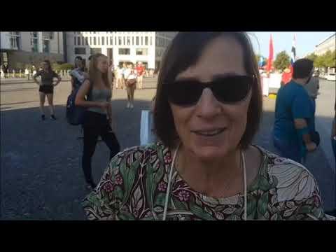 Berlin #Candles4Assange Mahnwache 24.7. #FreeAssange Interviews