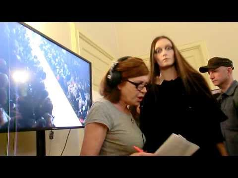 Massimo Rebecchi models backstage 2013 fall winter - Think is Cool.AVI