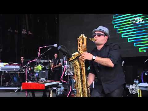 Fitz And The Tantrums - MoneyGrabber (Live @ Lollapalooza 2014)
