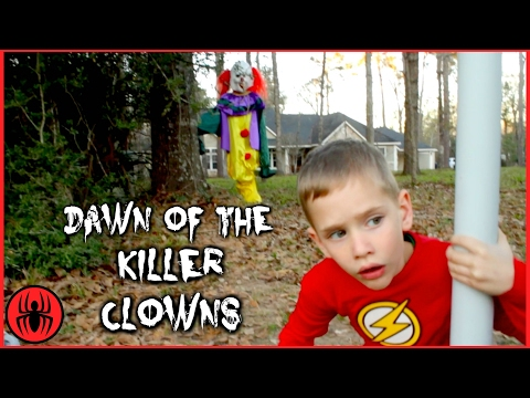 Scary Killer Clown: Dawn of The Killer Clowns vs The Flash In Real Life Movie Comics SuperHero Kids