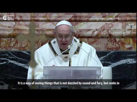 Pope: Worship like the Magi