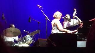 Norah Jones - Begin Again (Noches del Botánico, Madrid, 29/07/2018)