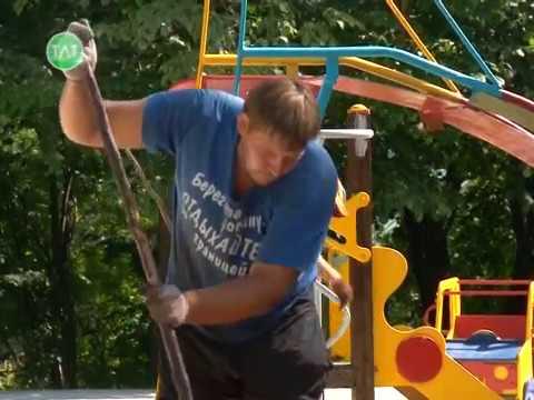 Детская площадка в парке имени Пушкина обретает законченный вид.
