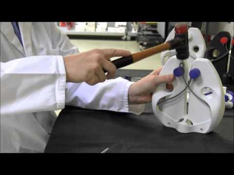 Austausch der Schärfstäbe  / Replacement of steel rods