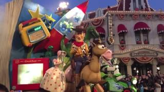 Disneyland Paris Parade 2015