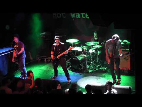 Hot Water Music - Wayfarer    live @ 013 Tilburg    08-08-2011