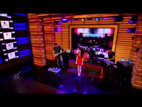 Cher Lloyd Preforming 'Sirens' on LIVE Kelly & Michael