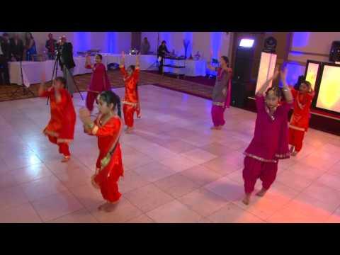 Lohri Giddha / Live Performance at Drisht's Lohri/ Punjabi dance by girls /