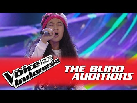 """Aura Amalia """"Girl On Fire"""" I The Blind Auditions I The Voice Kids Indonesia GlobalTV 2016"""