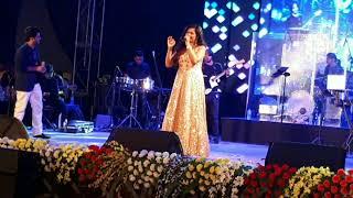 Saans me teri saans mili toh | Jab tak hain jaan | Live concert by Shreya Ghoshal #3
