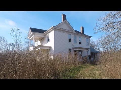 Abandoned Mansion: GET OUT...na Let's Go Inside