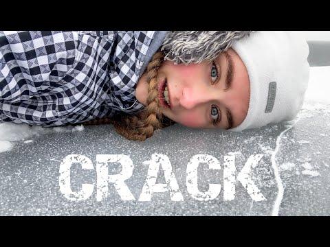 THE ICE CRACKED/ TRUE STORY / VEGAN PIZZA ON ICE LAKE