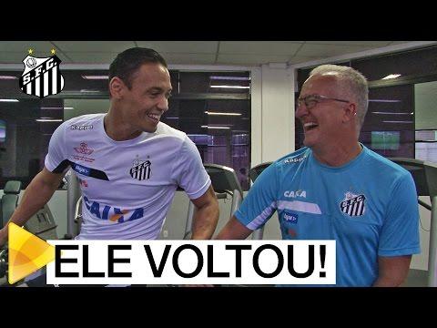 Ricardo Oliveira está de volta