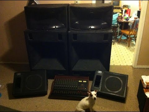 Very Large Peavey Pa Speakers Youtube