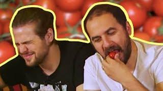 Domates Yeme Kapışması - Kim Pes Edecek?