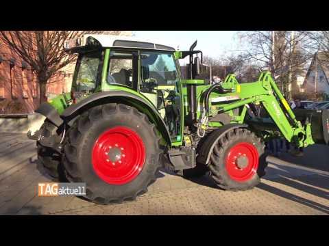 BSZ August Horch erhält Traktor
