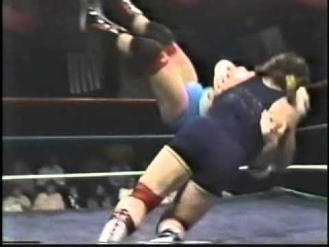 SN 2/11/89- Steiner vs Pretty Boy Lloyd- Midnight Express vs Cruel Connection