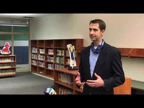 U.S. Sen. Tom Cotton visits Gentry Primary School