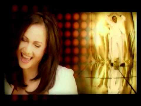 GLENN FREDLY feat. AMY MASTRURA - Dengarkanlah