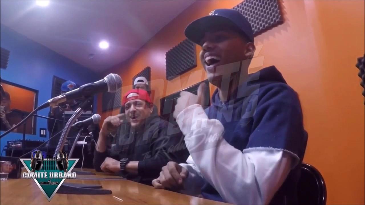 """Mike Towers - Rapeando en Diferentes Beats & Acapella en Nyc """"Soltando Barras con El Comite"""" (Tbt)"""