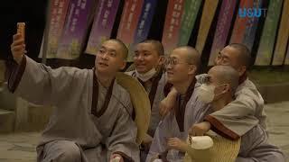 부처님 오신날 통도사의 전통낙화 시연