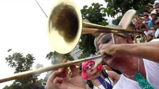 Carnaval 2012 - Rio de Janeiro - Orquestra Voadora - EXPENSIVE SHIT