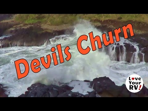 Checking out the Devils Churn on the Oregon Coast