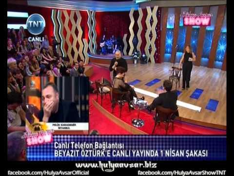 Hülya Avşar'dan Beyaz'a 1 Nisan Şakası