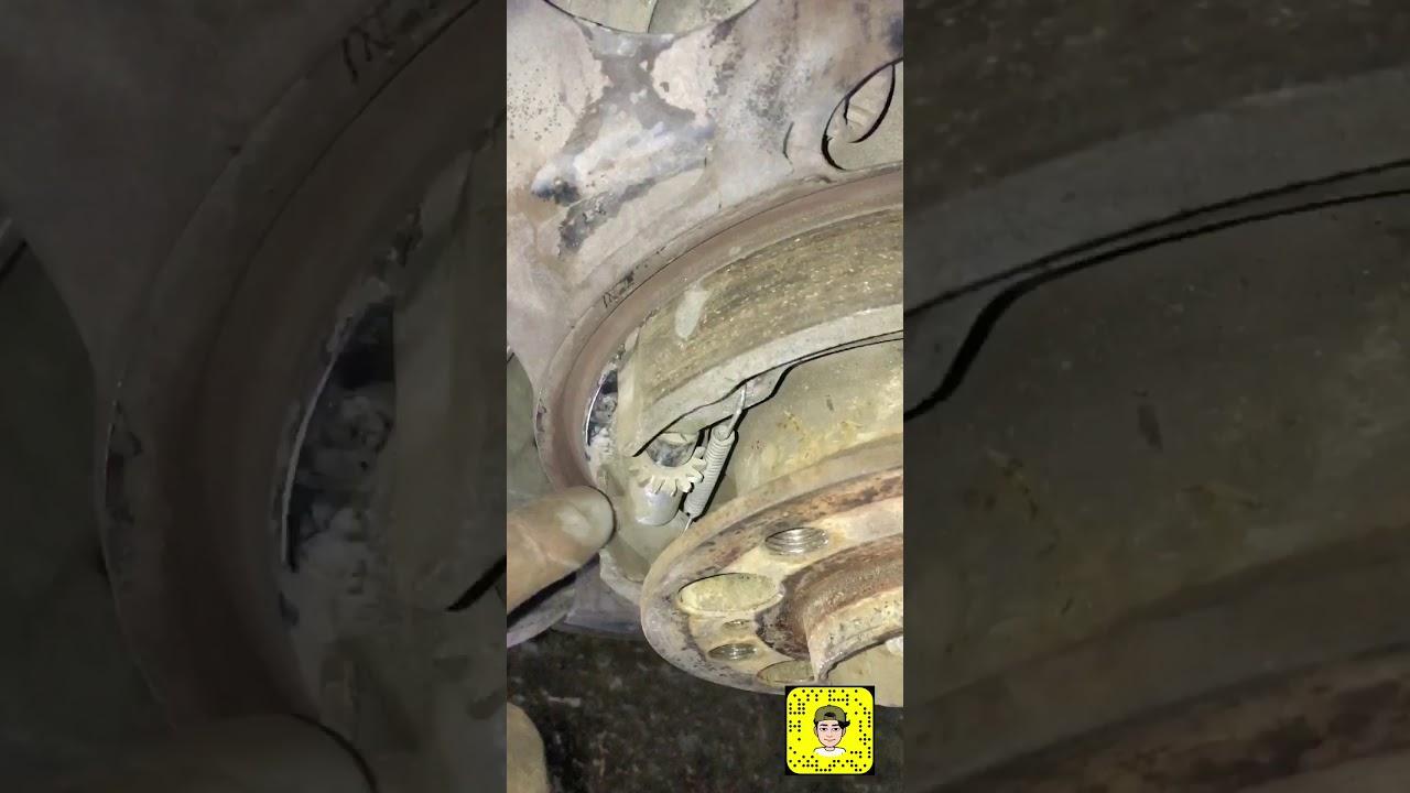 تغيير جهاز البريك الالكتروني بانوراما || Replace electronic parking brake w221