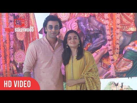 Ranbir Kapoor And Alia Bhatt At Durga Pooja 2017   Ranbir Kapoor And Alia Bhatt Attends Durga Puja