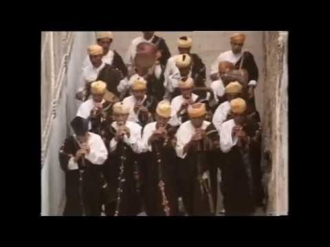 "ⵣⴰⵀⵊⵓⴽⴰ - Jahjouka - ""Austorat Boiujeloud"" (The Legend of Boujeloud"") - Master Musicians of Jajouka"